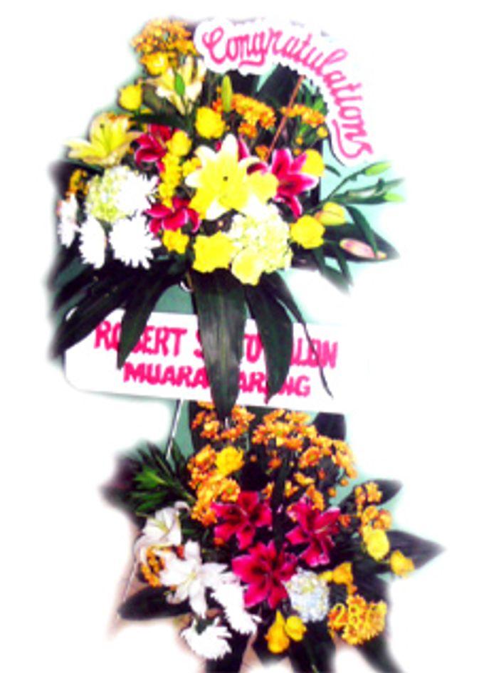 Contoh Bunga Papan Dan Rangkaian Bunga Tania Florist Bridestory