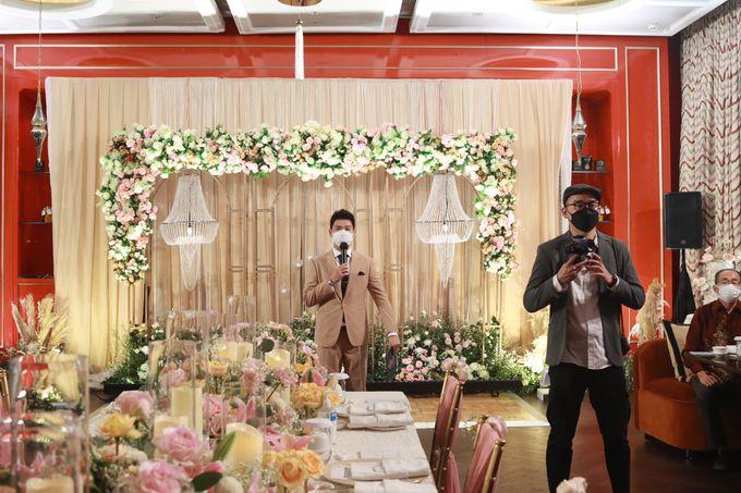 Fine Dinning Intimate entertainment wedding at Alto Restaurant Four Seasons Jakarta - Double V Entertainment by Hian Tjen - 026