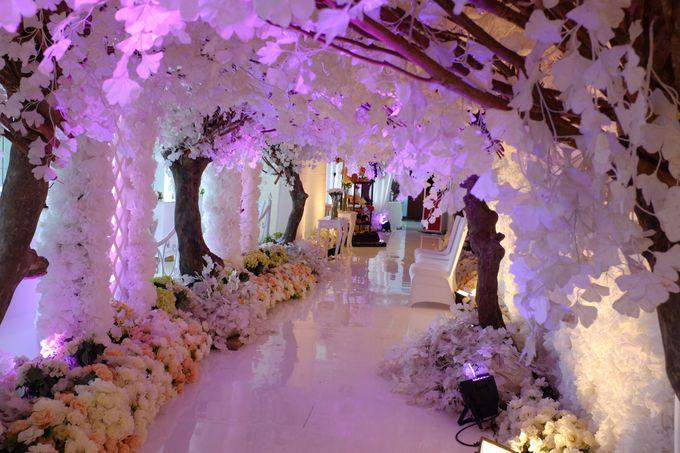 Winter Romantique by Fuchsia Decoration - 006