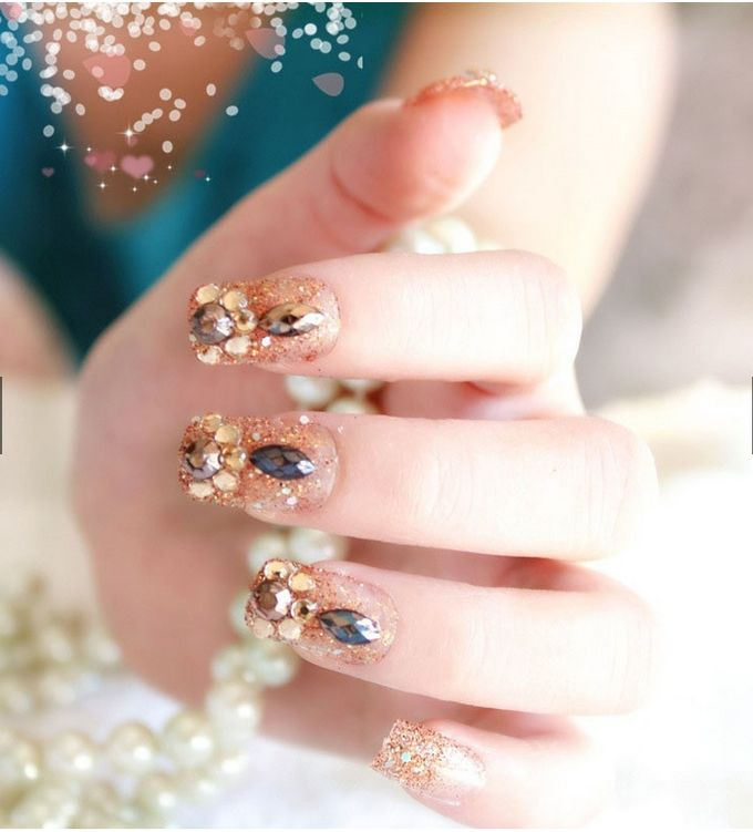 nail art- 24 pcs kuku palsu dengan warna gold super mewah by Triwindu shop - 003