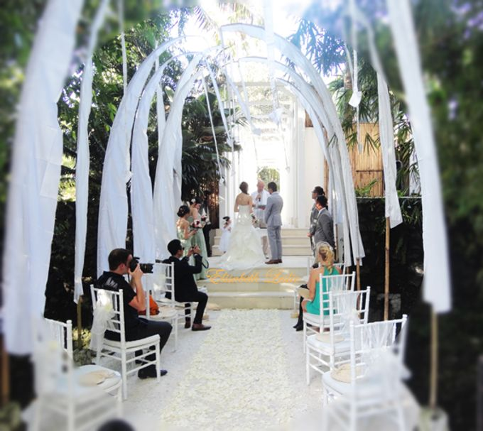 Intimate Private Villa Wedding by Bali Wedding Assistant - 001
