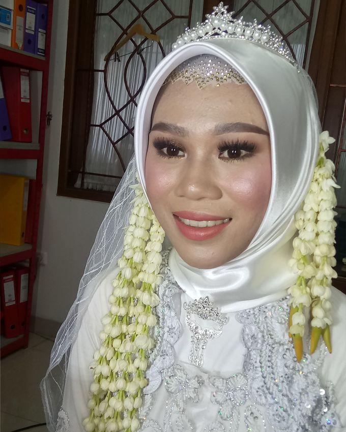 Ms. Nindi Akad Nikah by Hana Gloria MUA - 005