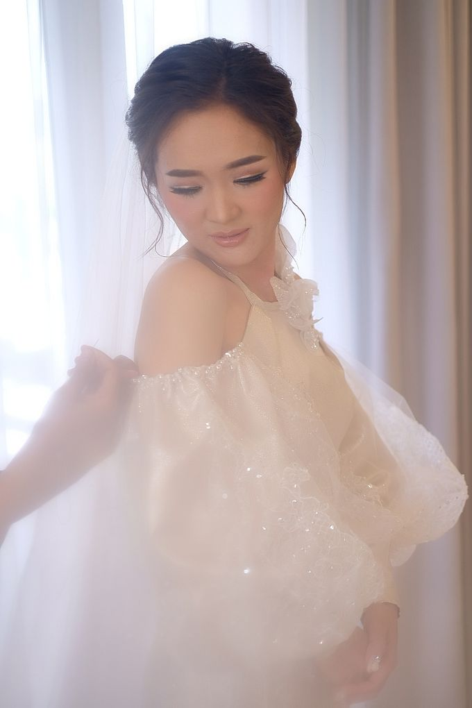 Florence Sangjit And Wedding Day by Lisa Ju - 005