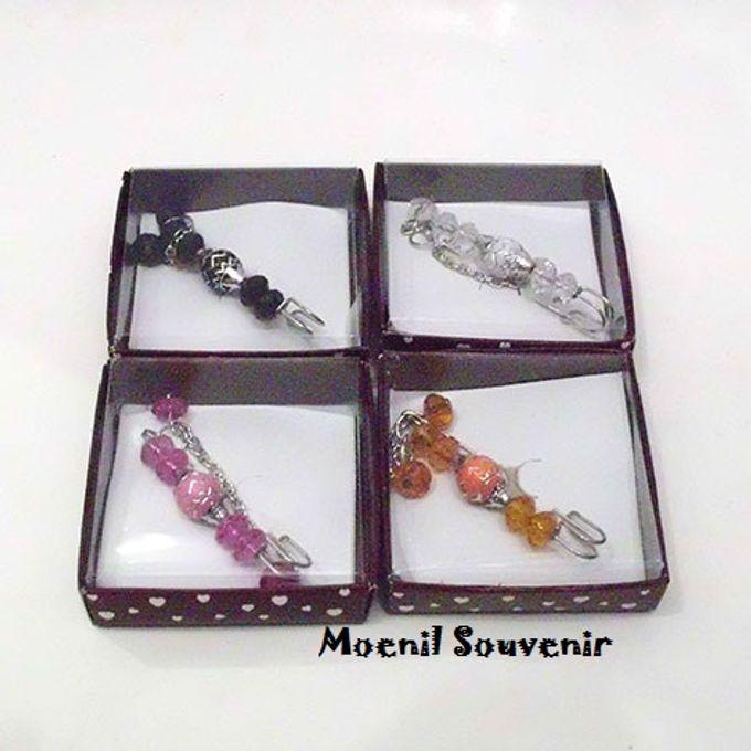 Souvenir Unik dan Murah by Moenil Souvenir - 030