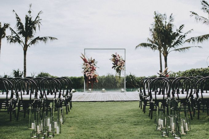 Modern Luxe Buffet Wedding by DIJON BALI CATERING - 001