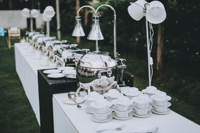 Modern Luxe Buffet Wedding by DIJON BALI CATERING - 011