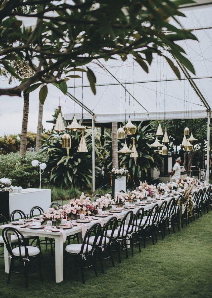 Modern Luxe Buffet Wedding by DIJON BALI CATERING - 017