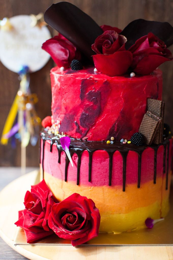 Chocolate Crowns & Florals by Cake & Wildflour - 002