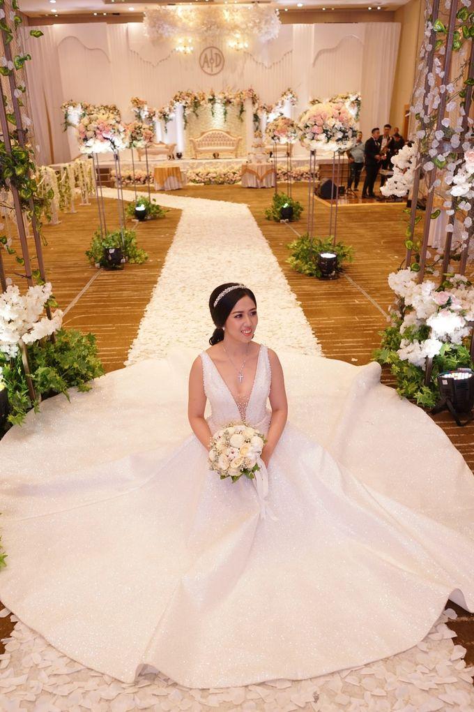 THE WEDDING OF DIAN & AGUS by ODDY PRANATHA - 014