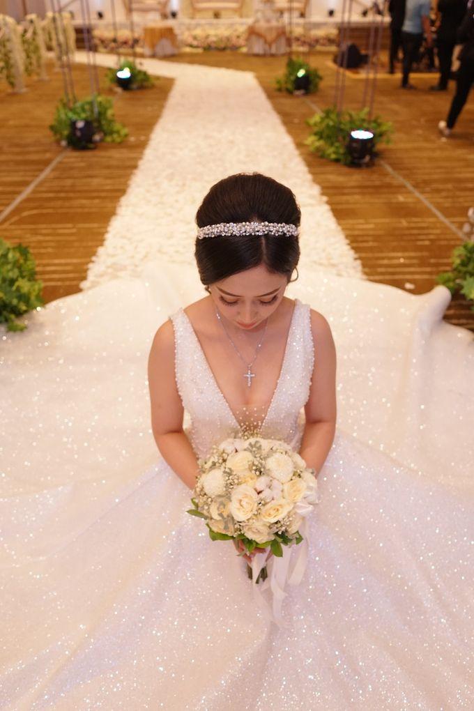 THE WEDDING OF DIAN & AGUS by ODDY PRANATHA - 022