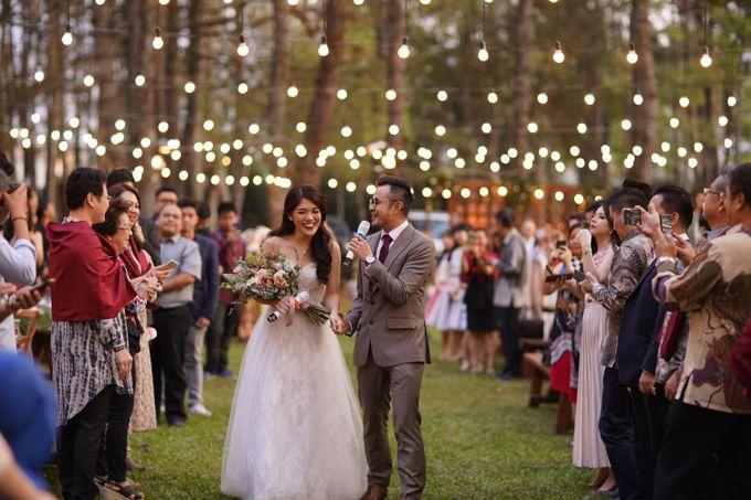 Nita & Edwin Wedding At PineHill Cibodas by Josh & Friends Entertainment - 006