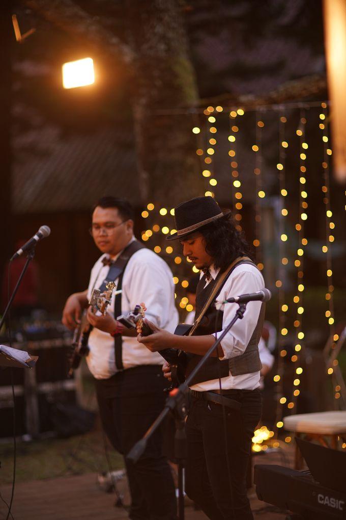 Nita & Edwin Wedding At PineHill Cibodas by Josh & Friends Entertainment - 002