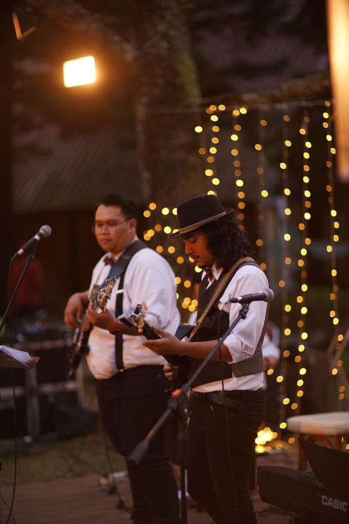 Nita & Edwin Wedding At PineHill Cibodas by Josh & Friends Entertainment - 009