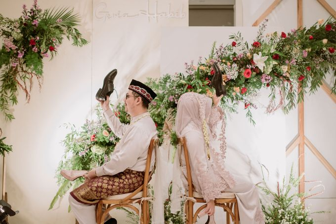 The Wedding of Gevia & Habib di Seribu Rasa Summarecon Bekasi by Decor Everywhere - 045