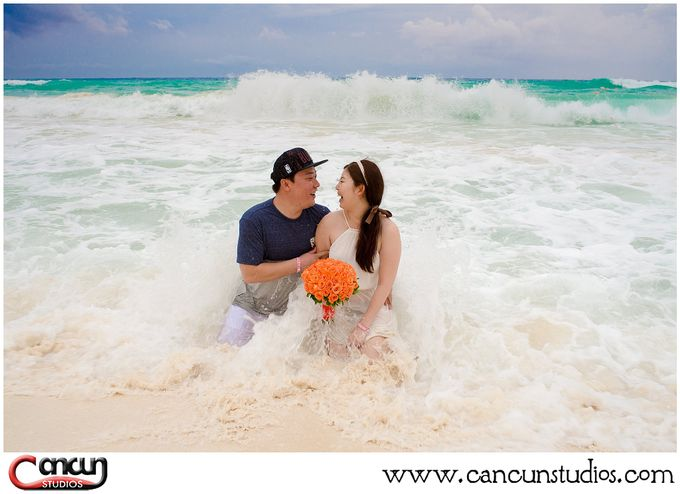 Trash the Dress Beach by Cancun Studios Photography - 001