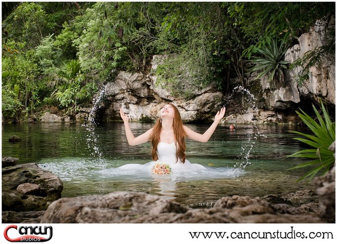 Underwater Cenote by Cancun Studios Photography - 029