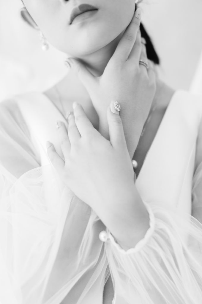 Romance with a Touch of Modern by NOMA Jewelry & Accessories - 030
