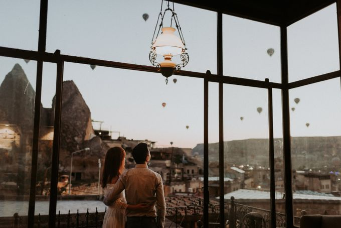 Elopement in Cappadocia by Phan Tien Photography - 003