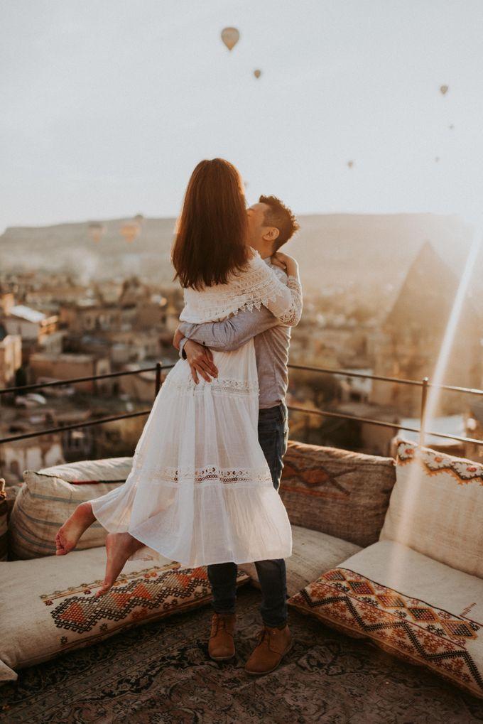 Elopement in Cappadocia by Phan Tien Photography - 005