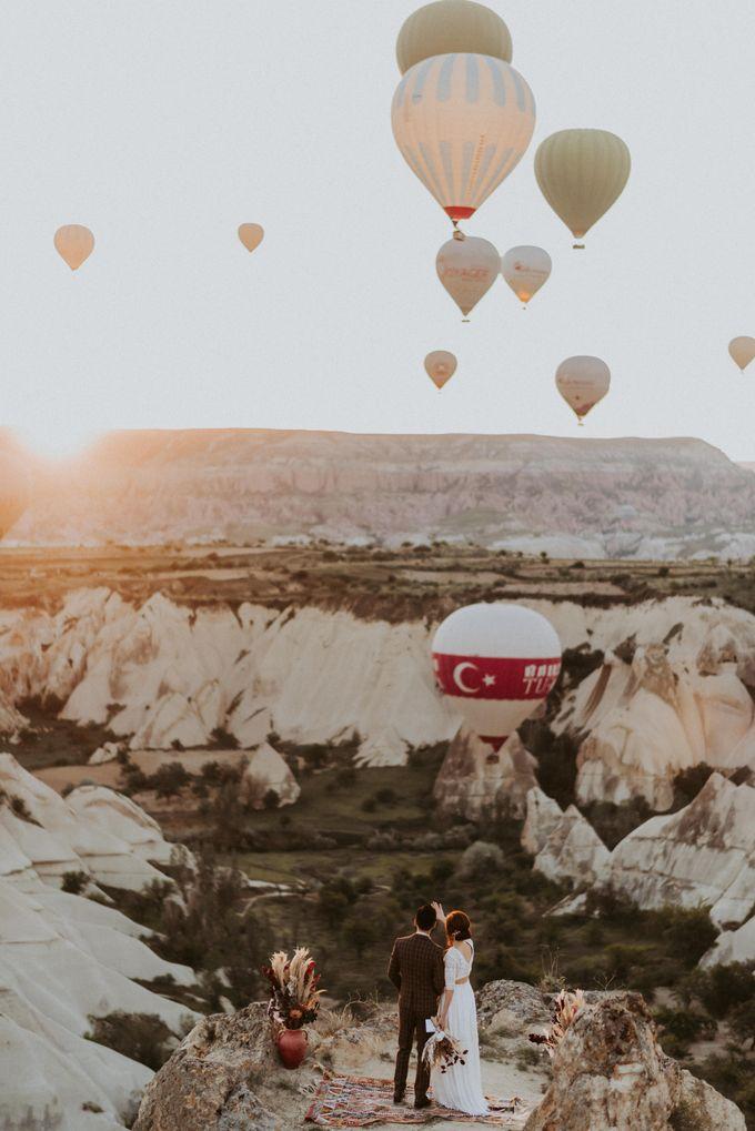 Elopement in Cappadocia by Phan Tien Photography - 009