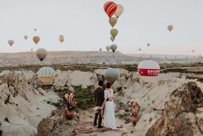 Elopement in Cappadocia by Phan Tien Photography - 016