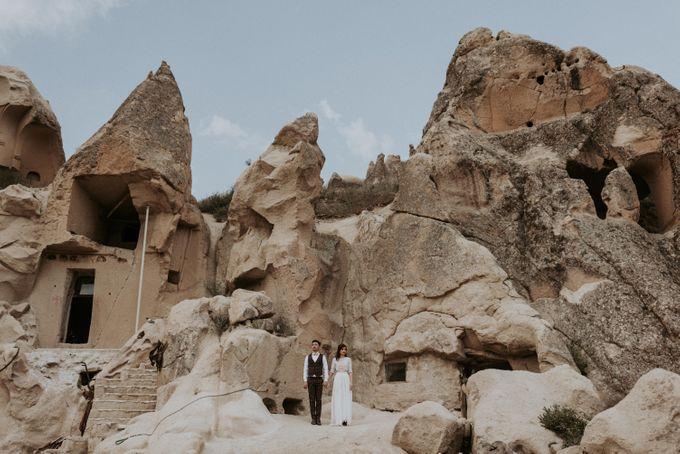 Elopement in Cappadocia by Phan Tien Photography - 019