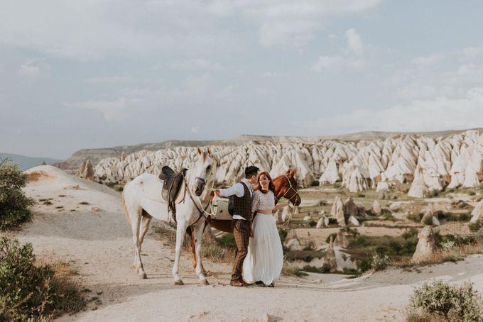 Elopement in Cappadocia by Phan Tien Photography - 021