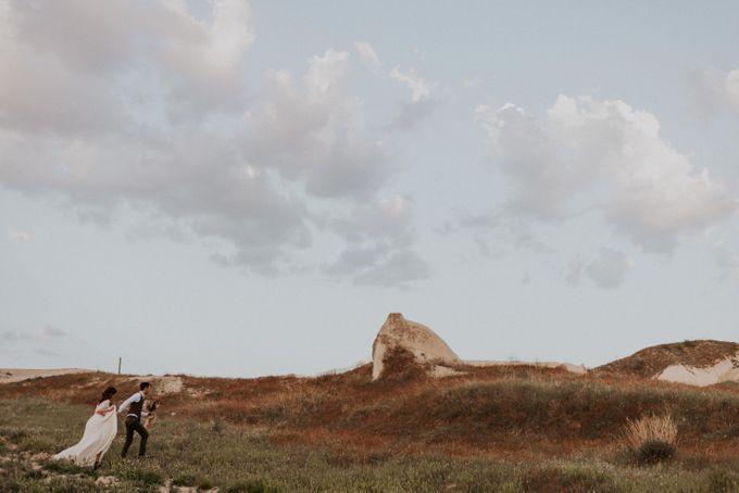 Elopement in Cappadocia by Phan Tien Photography - 023