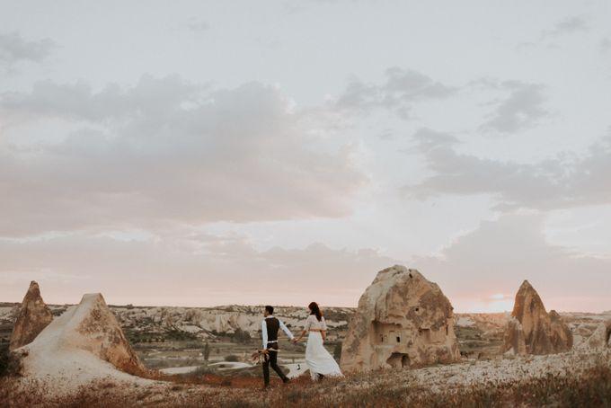 Elopement in Cappadocia by Phan Tien Photography - 024