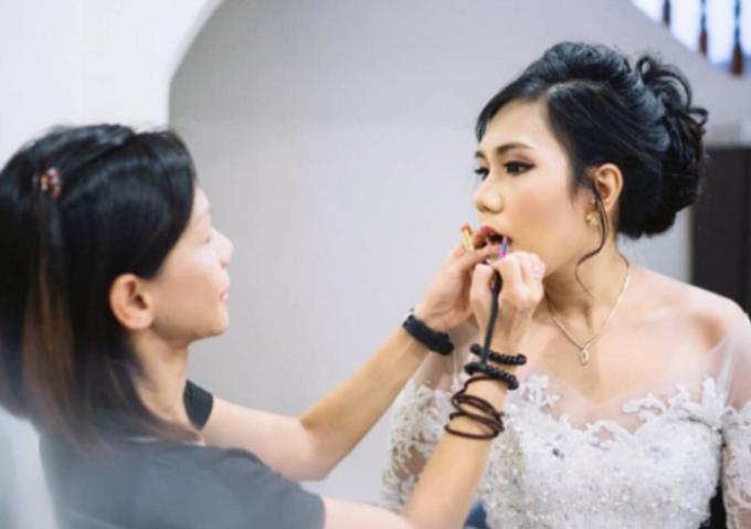 Indonesian Isabella Wedding day by Stephy Ng Makeup and Hair - 007