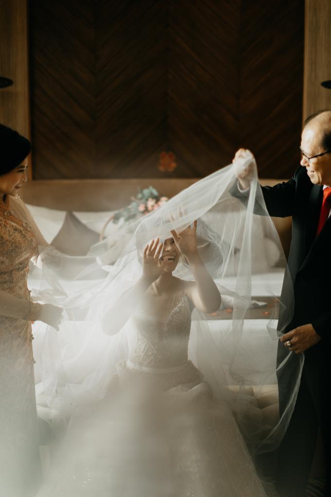 Wedding day : Ardi & Ella by CARA wedding - 012