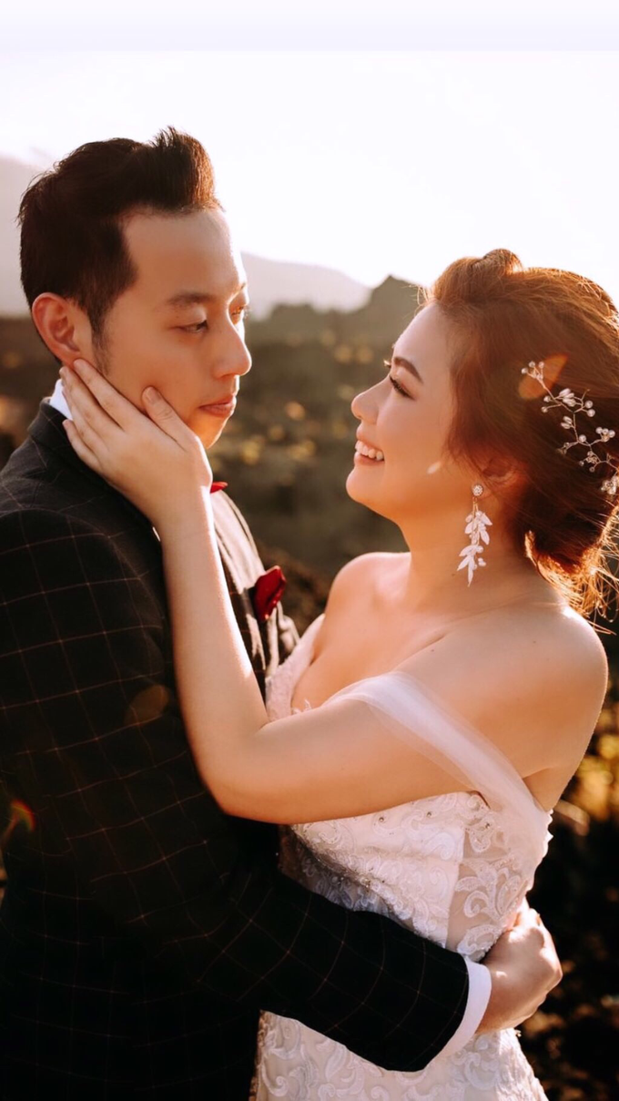 Natural Make Up for couple from Singapore by Carmelia & Team Make Up Artist - 001