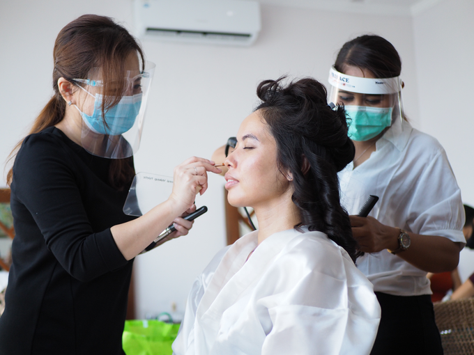 Bride Make Up with New Normal Standard by Carmelia & Team Make Up Artist - 001