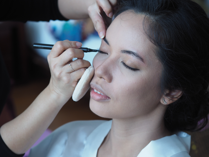 Bride Make Up with New Normal Standard by Carmelia & Team Make Up Artist - 006
