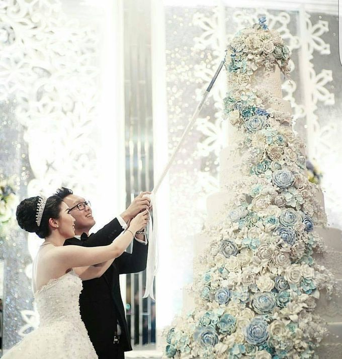 7 & 8 tiers Wedding Cake by LeNovelle Cake - 013