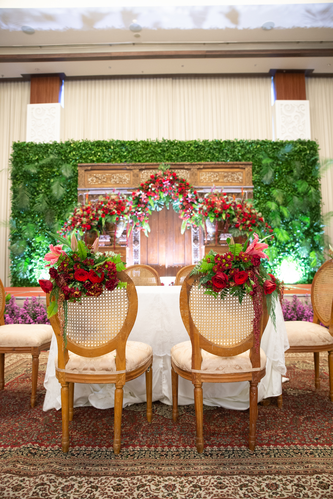 The Wedding of Chanari & Krido by Cassia Decoration - 021