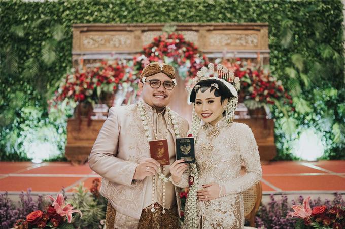 The Wedding of Chanari & Krido by Cassia Decoration - 023