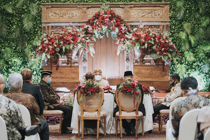 The Wedding of Chanari & Krido by Cassia Decoration - 025