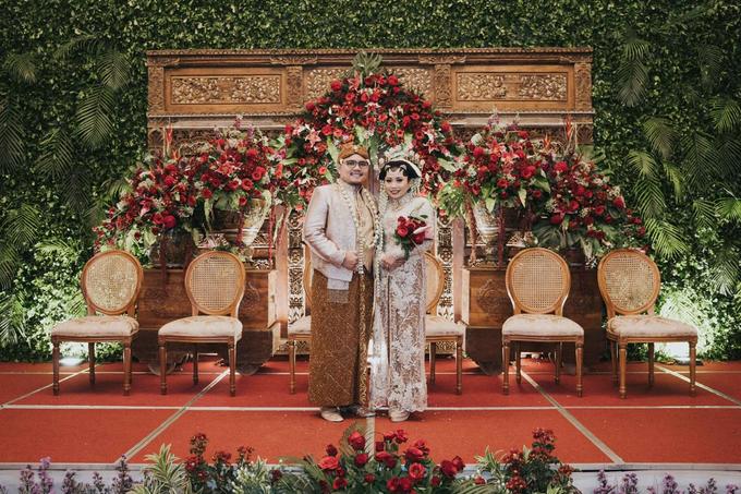 The Wedding of Chanari & Krido by Cassia Decoration - 030