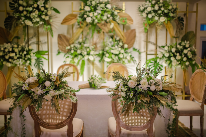 The Wedding of Annisa & Adam by Cassia Decoration - 009