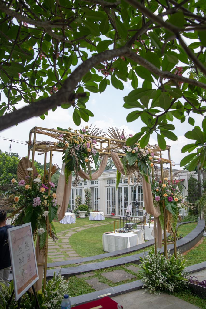 The Wedding of Prilly & Harald by Cassia Decoration - 002