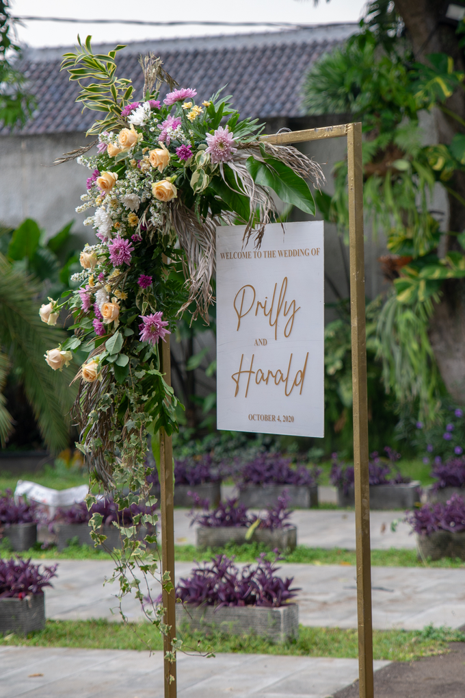 The Wedding of Prilly & Harald by Cassia Decoration - 031
