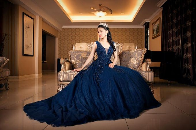 Bridal Gowns by Castlebell Wedding Mansion - 001