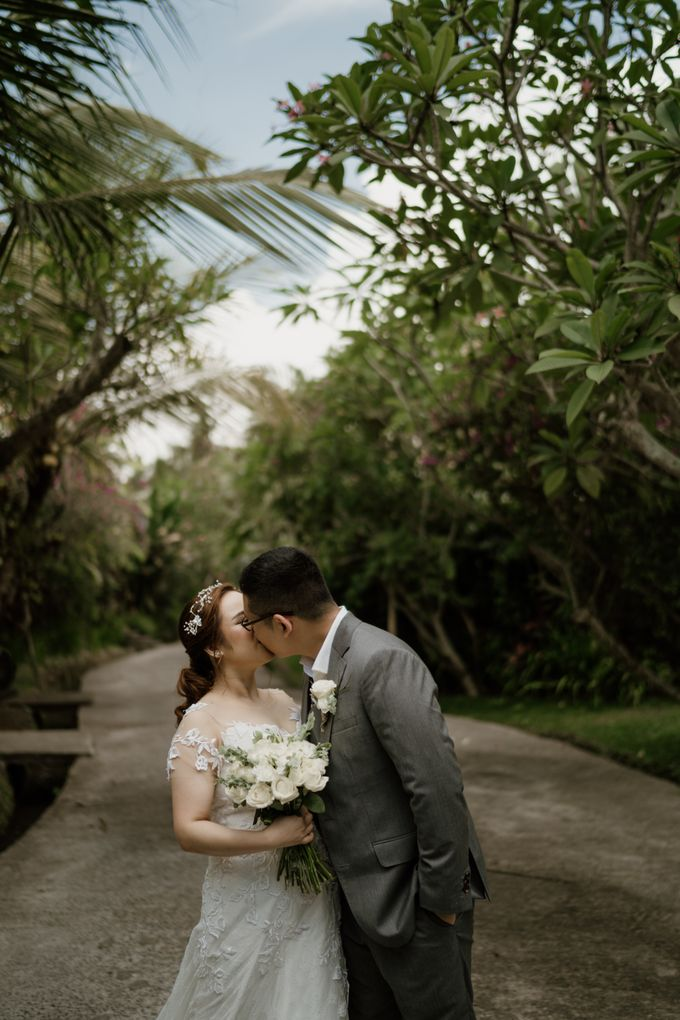 Cath & Chris Wedding Bali by AKSA Creative - 028