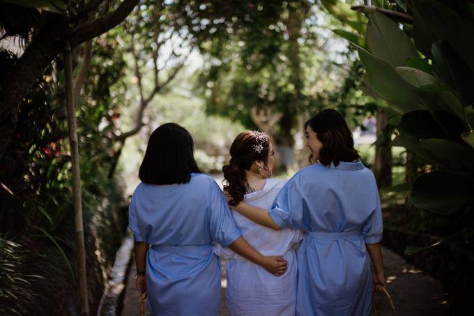 Cath & Chris Wedding Bali by AKSA Creative - 004