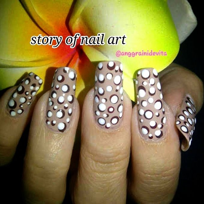 Painting Nails by Story of Nailart - 001