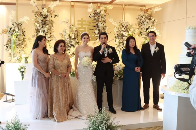 New Normal Entertainment Wedding at Westin Jakarta by Double V Entertainment by Double V Entertainment - 019