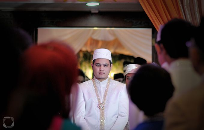 The Wedding of Sally + Rizky by The Move Up Portraiture - 033