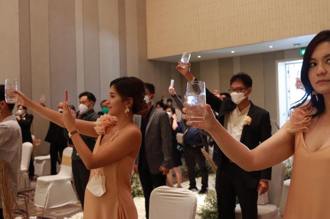 Lounge Jazz wedding band at Double Tree Jakarta by Double V Entertainment by Double V Entertainment - 031