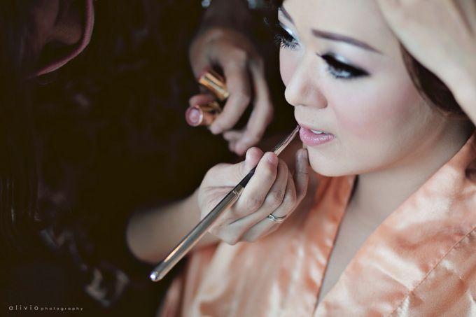 Hendra + natalie   wedding by alivio photography - 004